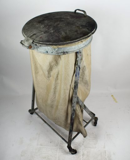 Industrial laundry cart