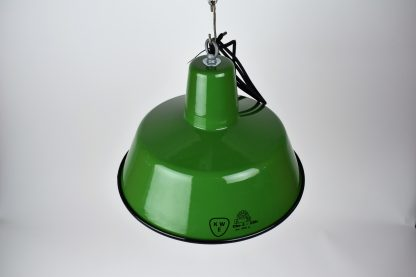 Enamel lamp green