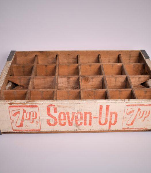 Vintage 7-UP soda bottle crate