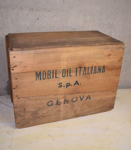 Vintage Mobiloil crate