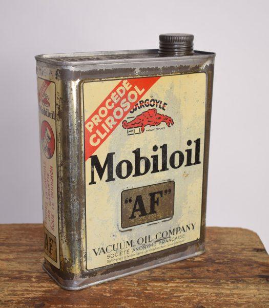 """Vintage Mobiloil """"AF"""" oilcan"""